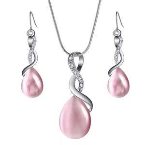 NWT Fashion Jewelry Waterdrop Necklace & Earrings